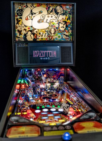 LED ZEPPELIN PRO PINBALL Image - Click To Enlarge