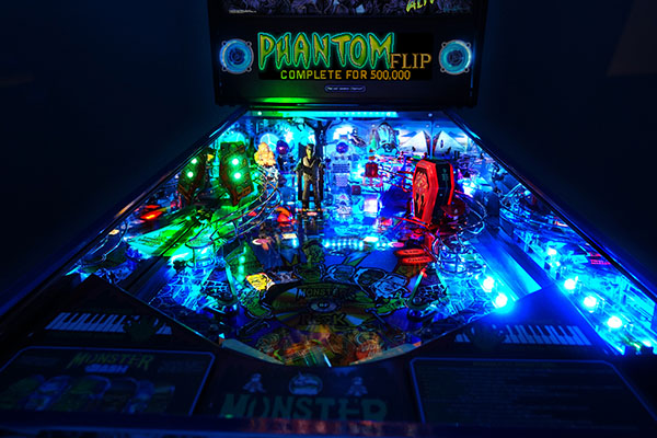 MONSTER BASH LIMITED EDITION PINBALL Image - Click To Enlarge